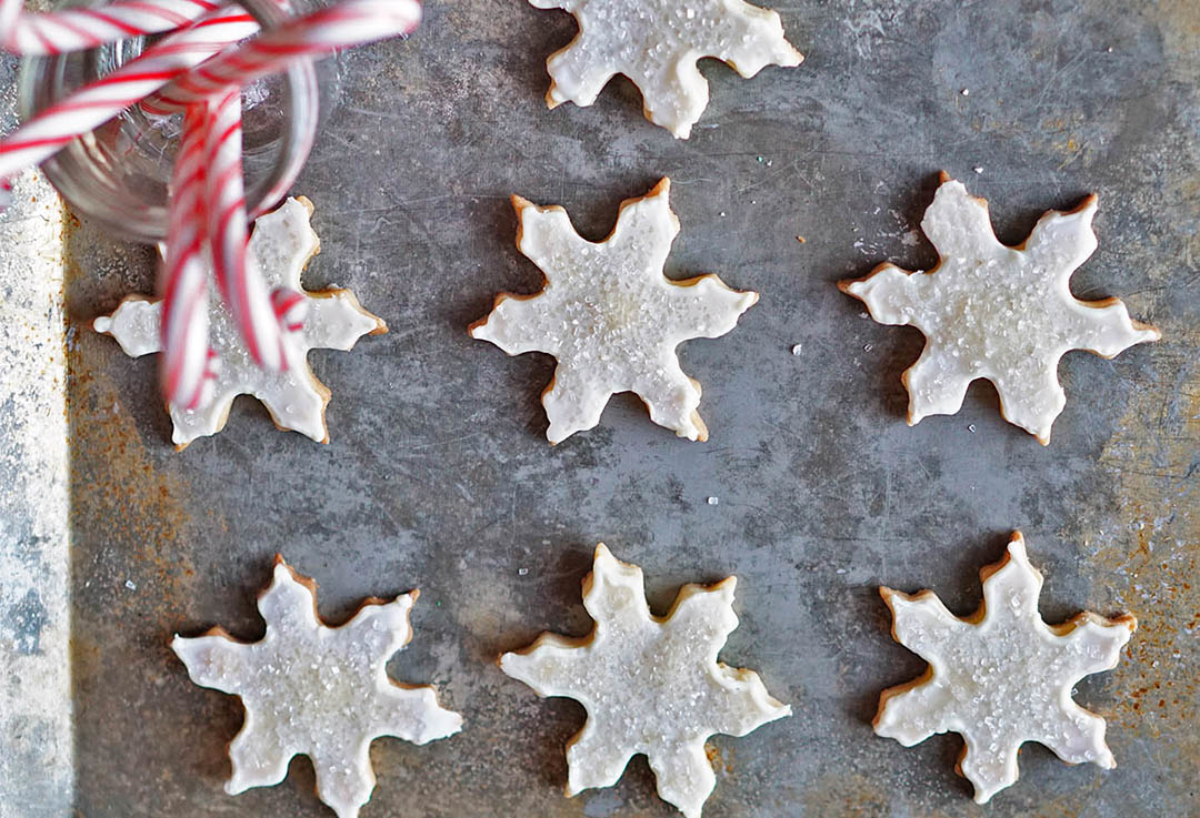 White Chocolate Snowflake Shortbread Cookies